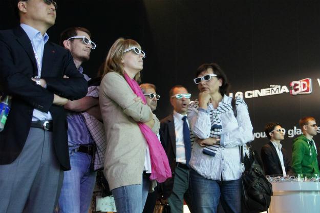 Nawet nie warto zdejmować trójwymiarowych okularów /INTERIA.PL
