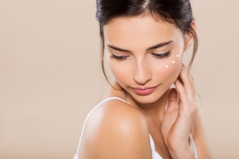 Nawet niewielka dawka promieni UV ma duży wpływ na kondycję naszej skóry /Picsel /123RF/PICSEL