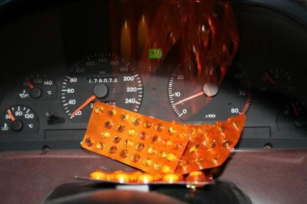 Nawet popularne leki mogą zagrażać kierowcom /INTERIA.PL