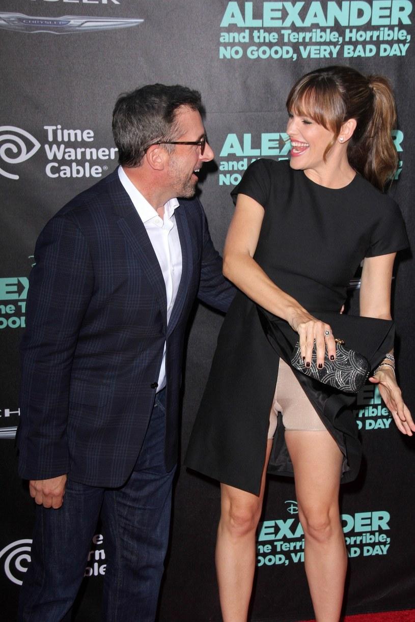 Nawet szczupła Jennifer Garner korzysta z modelującej bielizny /East News