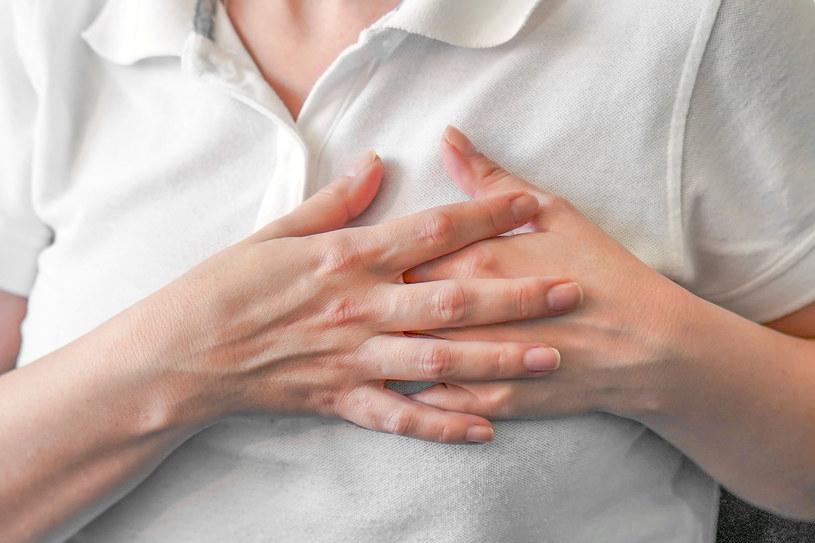 Nawet zdrowi ludzie mogą mieć problemy z sercem, kiedy wieje silny wiatr /123RF/PICSEL