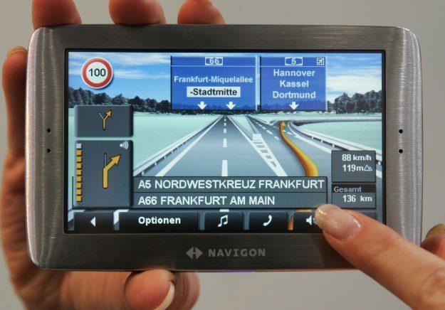 Nawigacja GPS może się mylić lub sprzyjać przestępcom. Trzeba być ostrożnym /AFP