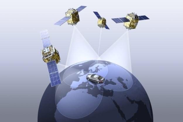 Nawigacja satelitarna - dzisiaj wielu kierowców nie potrafi bez niej żyć /materiały prasowe
