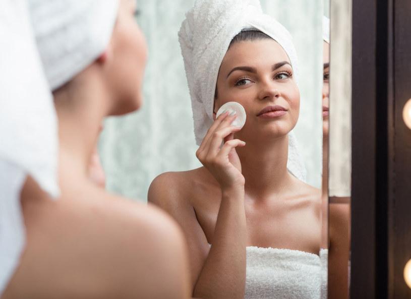 Nawilżona i odżywiona skóra to piękna skóra /123RF/PICSEL