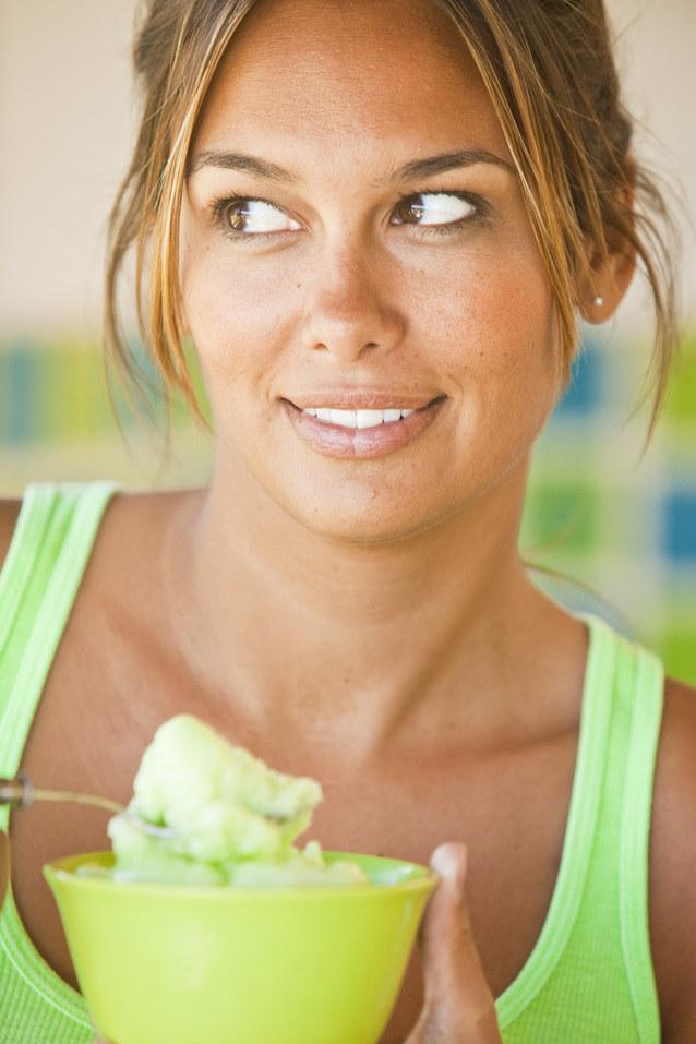 nawyki żywieniowe /© Photogenica