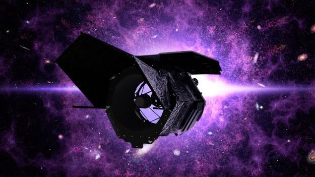 Nazwa teleskopu odnosi się do Nancy Grace Roman (1925-2018), amerykańskiej astronom zajmującej się klasyfikacją i ruchami gwiazd, która wniosła też duży wkład w tworzenie Kosmicznego Teleskopu Hubble'a /NASA