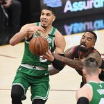 NBA. Boston Celtics lepsi od Los Angeles Clippers po dwóch dogrywkach