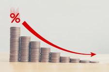 NBP: Historyczny spadek kredytów, depozyty w górę