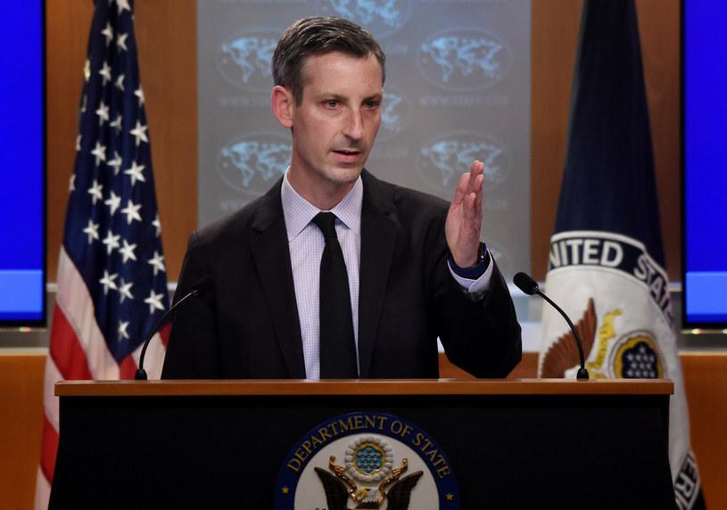 Ned Price, rzecznik amerykańskiego Departamentu Stanu, odpowiednika MSZ w innych krajach. Zdjęcie ilustracyjne / OLIVIER DOULIERY/AFP/East News /East News
