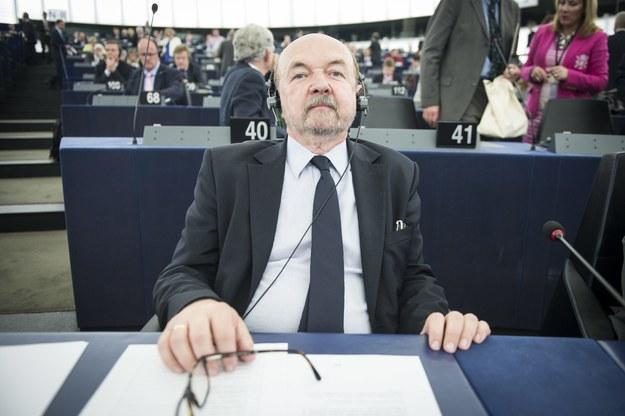 Negocjacje ws. pozycji EKR w Parlamencie Europejskim prowadzi prof. Ryszard Legutko /Wiktor Dąbkowski   /PAP