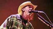 Neil Young opuścił szpital