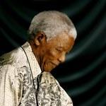 Nelson Mandela znów w szpitalu z powodu infekcji płuc