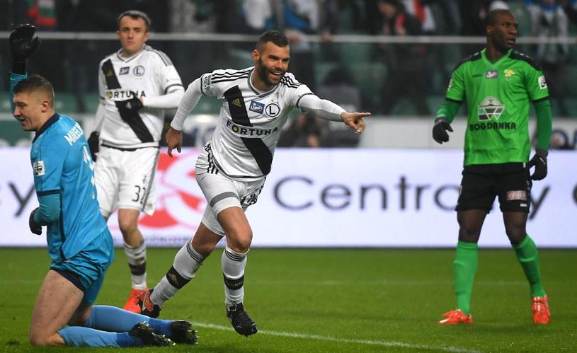 Nemanja Nikolić popisał się hat-trickiem w meczu z Górnikiem Łęczna /Fot. Bartłomiej Zborowski /PAP