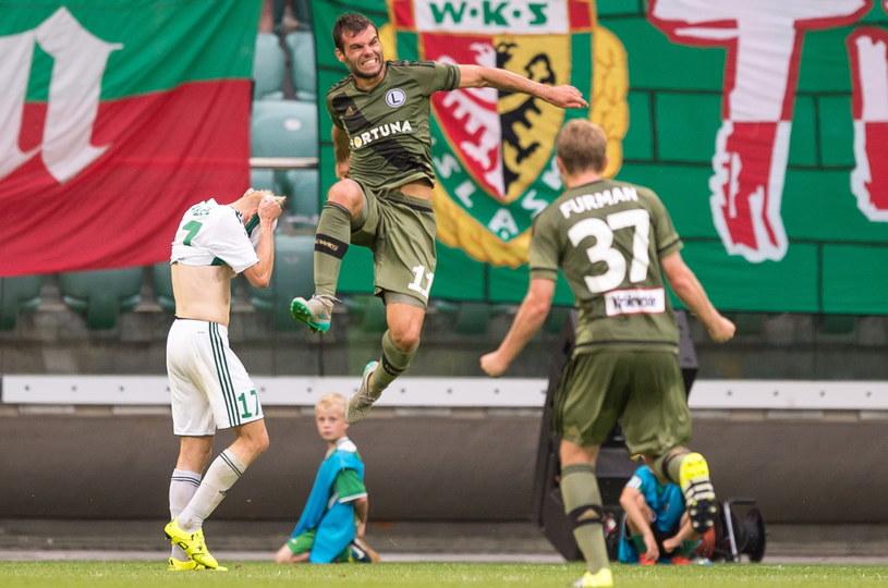 Nemanja Nikolić strzelił dwa gole w meczu ze Śląskiem /Fot. Maciej Kulczyński /PAP