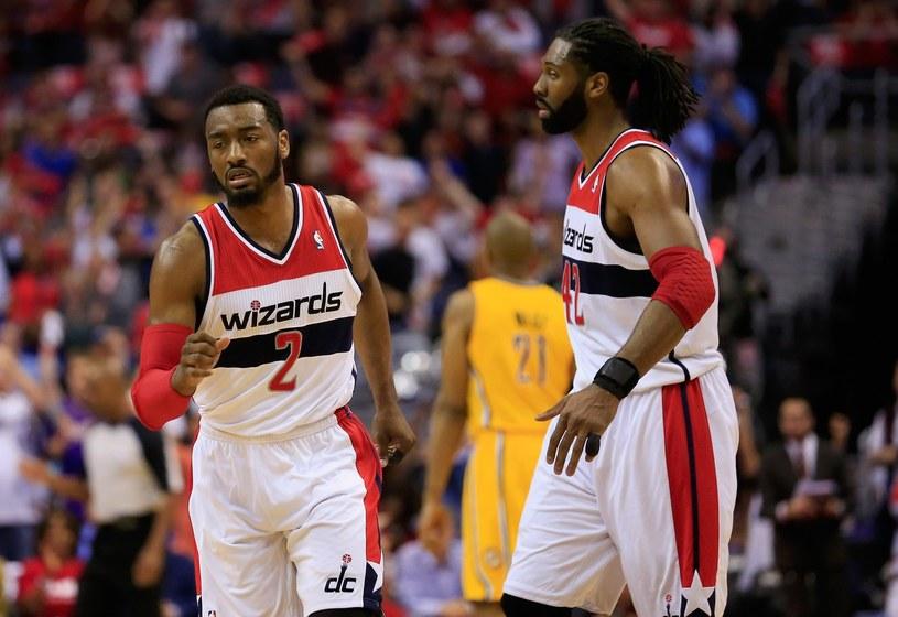 Nene (z prawej) nie zagra z Miami Heat /AFP