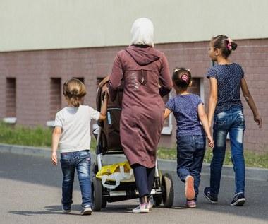 Neonaziści chcą zrobić inspekcję w schronisku dla uchodźców