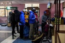 Nepal: Zatrzymania na lotnisku. Podróżni mieli fałszywe testy na COVID-19