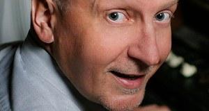 Krzysztof Nepelski - radiowiec, marketingowiec, mówca, coach, a prywatnie ojciec 2 córek, filmowiec i miłośnik gór. Muzycznie fan Elvisa Presleya i The Beatles. W Grupie RMF jest Pełnomocnikiem ds. Relacji Instytucjonalnych.