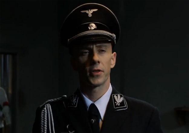 """Nergal w roli Joachima von Ribbentropa w filmie """"AmbaSSada"""" /"""