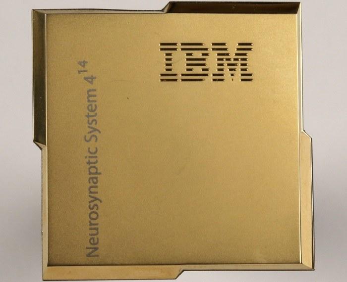 Neurosynaptyczny procesor IBM zbudowany w oparciu o architekturę TrueNorth /materiały prasowe