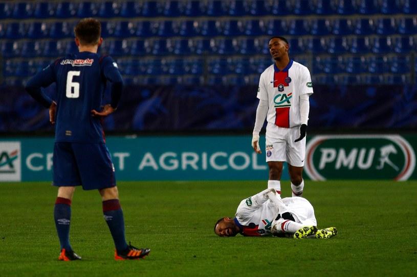 Neymar doznał kontuzji podczas meczu z SM Caen /Sameer Al-Doumy / AFP /AFP