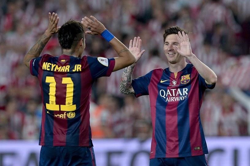 Neymar i Leo Messi - dwie trzecie niesamowitego tercetu Barcelony /AFP
