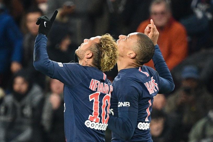 Neymar i Mbappe cieszą się z kolejnego gola dla PSG /AFP