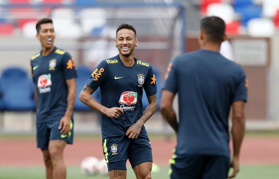 Neymar podczas trening /RONALD WITTEK /PAP