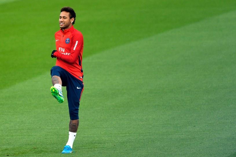 Neymar podczas treningu PSG /BERTRAND GUAY /AFP