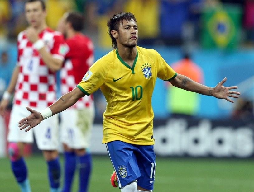 Neymar strzelił dwa gole w meczu z Chorwacją /PAP/EPA