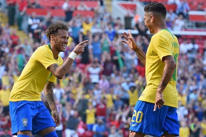 Neymar (z lewej) i Roberto Firmino /AFP