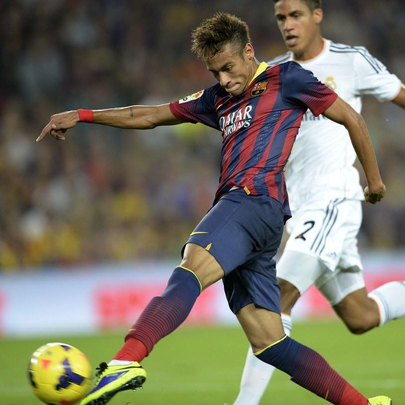 Neymar zdobył pierwszą bramkę dla Barcelony w meczu z Realem /AFP