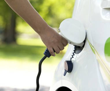 NFOŚiGW: Od dziś ulga na zakup aut elektrycznych