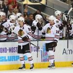 NHL: Cztery asysty Patricka Sharpa. Zwycięstwo Chicago Blackhawks