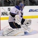 NHL: Koniec fantastycznej serii bramkarza St. Louis Blues