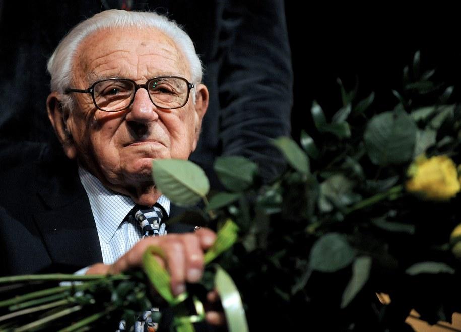 Nicholas Winton ocalił życie 669 żydowskich dzieci tuż przed wybuchem II wojny światowej /FILIP SINGER /PAP/EPA