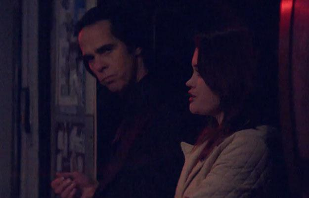 """Nick Cave w klipie do piosenki """"Jubilee Street"""" /"""