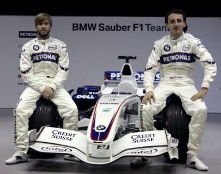 Nick Heidfeld może w Renault stworzyć duet z Robertem Kubicą. Tak jak w BMW-Sauber /AFP
