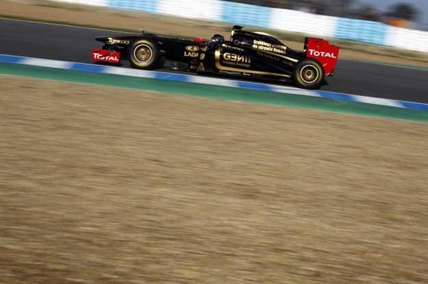 Nick Heidfeld zastąpi Roberta Kubicę w  inauguracyjnym wyścigu nowego sezonu F1 /