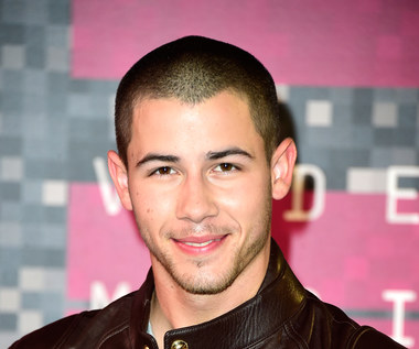 "Nick Jonas i seksowne tancerki (""Levels"")"