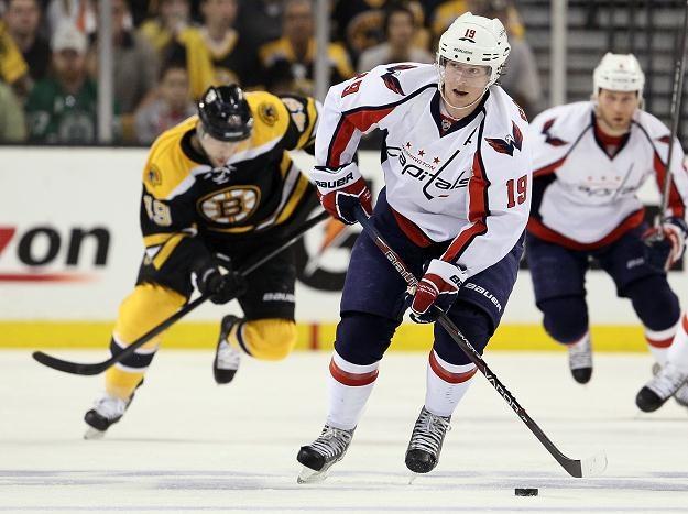 Nicklas Baeckstroem zapewnił Capitals wygraną w Bostonie /AFP
