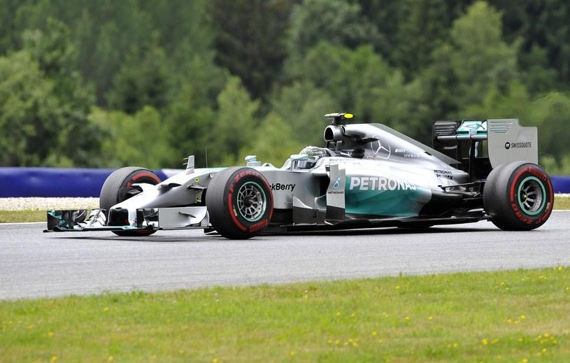 Nico Rosberg podczas treningu /AFP