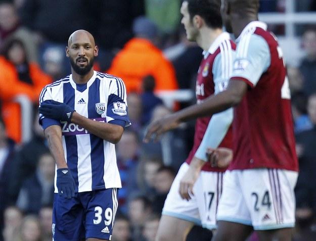 Nicolas Anelka i jego gest podczas meczu z WHU /AFP