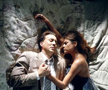 "Nicolas Cage i Eva Mendes w filmie ""Zły porusznik"""