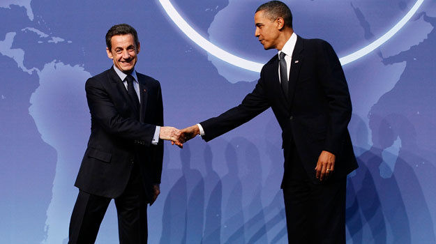 "Nicolas Sarkozy jako ""listonosz"" - fot. Chip Somodevilla /Getty Images/Flash Press Media"