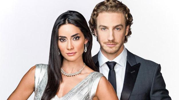 Nicolás wciąż kocha Reinę, ale jednocześnie ma do niej wielki żal. Czy uda mu się wyjaśnić, kto naprawdę stoi za zamachem sprzed ośmiu lat? /materiały prasowe