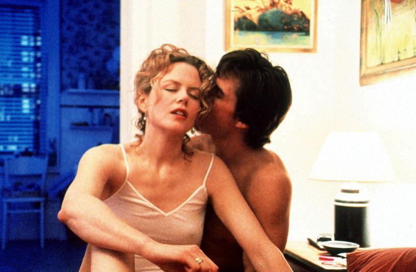 """Nicole Kidman i Tom Cruise w scenie z filmu """"Oczy szeroko zamknięte"""" /Warner Bros /Getty Images"""