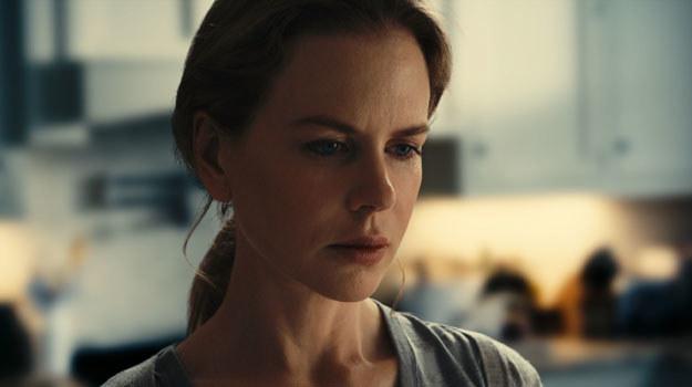 """Nicole Kidman w scenie z filmu """"Między światami"""" /materiały dystrybutora"""