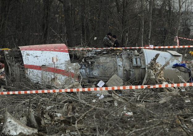 """Nie będzie premiery filmu """"Smoleńsk"""" w czwartą rocznicę katastrofy prezydenckiego samolotu. /AFP"""