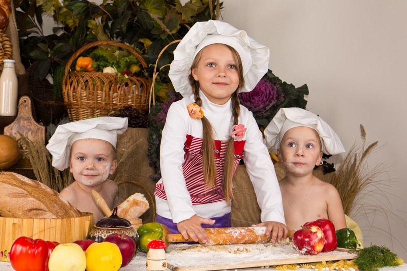 Nie bój się wpuścić dzieci do kuchni /123RF/PICSEL